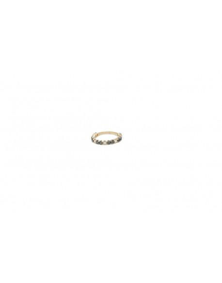 Anillo de oro rosa con diamantes blancos de 0.42 quilates y diamantes negros de 0.175 quilates