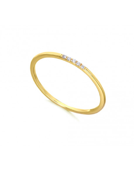 Anillo de oro amarillo con diamantes de 0.03 quilates