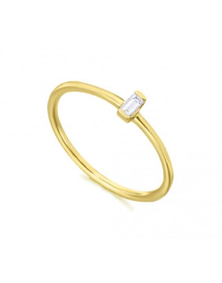 Anillo de oro amarillo con un diamante de 0.06 quilates
