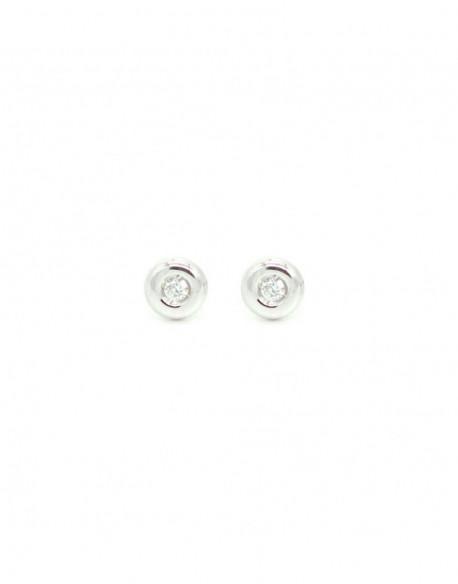 Pendientes de oro blanco con dos diamantes de 0.04 quilates