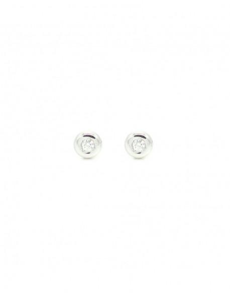 Pendientes de oro blanco con dos diamantes de 0.06 quilates